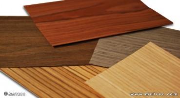 Materiale in legno naturale