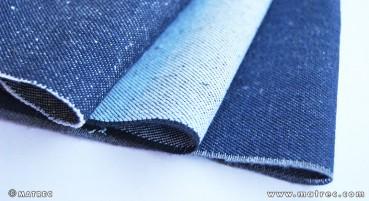 Tessuto da bottiglie e jeans