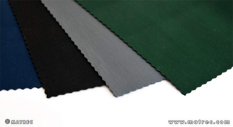 Material made of recycled rubber