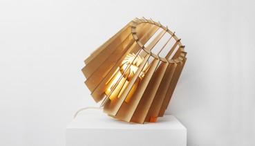 Lampadario in carta riciclata