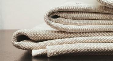 Filato in fibre di lino, cotone e viscosa