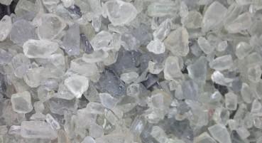 Materiale in 100% vetro riciclato