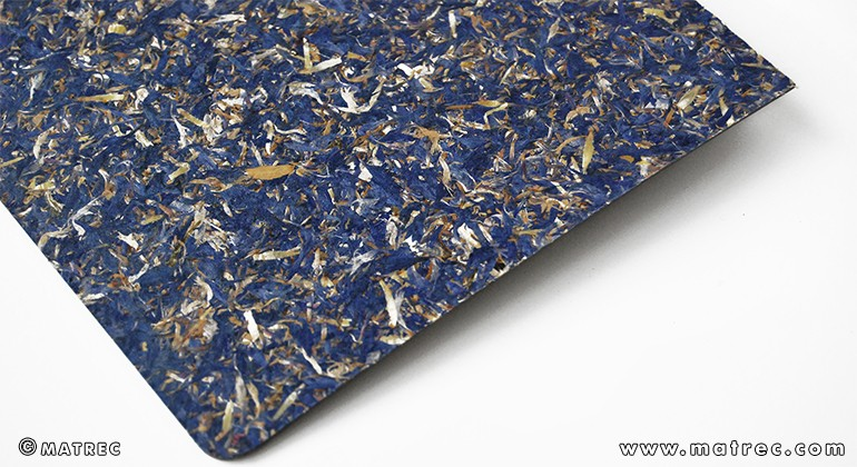 Material made of cornflower blossoms
