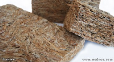 Materiale realizzato con foglie di Typha