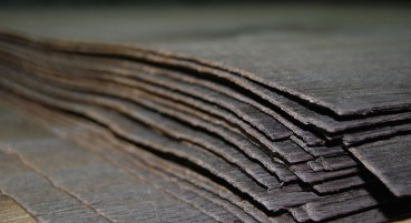 Material made of wood with fluvial origin
