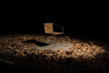 Bio-resina e foglie: un nuovo materiale per le sedute