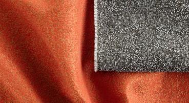 Materiale in fibra polimerica riciclata