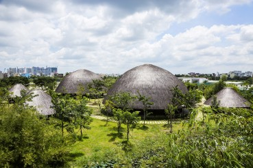 Bamboo domes as places for local community