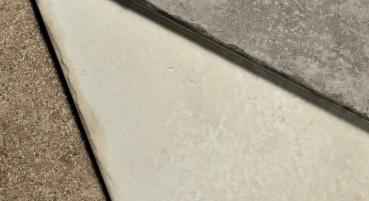 Materiale in grès porcellanato riciclato