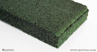 Materiale in granuli di gomma riciclata
