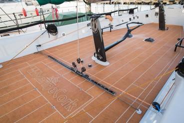 Il sughero come alternativa al teak nelle imbarcazioni