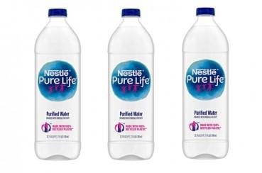 Nestlé, bottiglia in 100% plastica riciclata