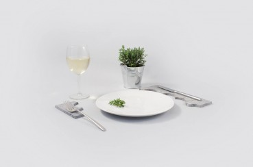 Home accessories made of recycled marble
