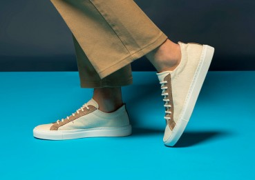 Sneakers made of hemp, wood, cork and coconut fibre