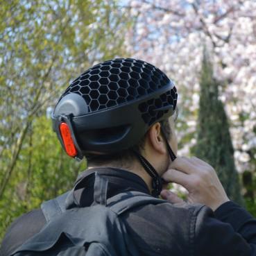 Bike helmet made of recycled plastic bottles