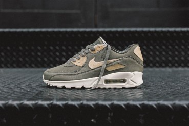 New sustainable Nike Air Max 90