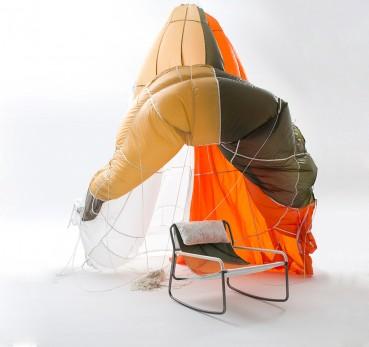 Il paracadute diventa una seduta