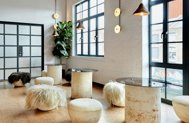 Furniture with recycled materials for a restaurant Zero waste