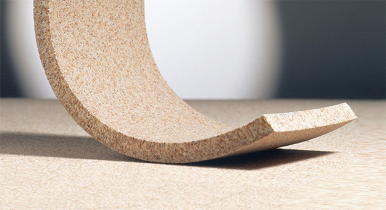 Elastic particle board made of cork granulates