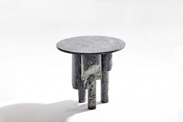 Coffee tables and furnishing accessories made with waste inerts