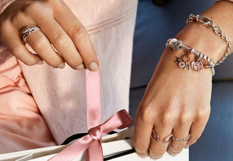 Circular economy strategy for Pandora jewelry