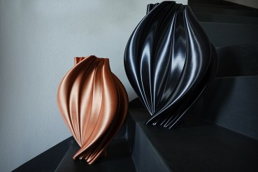 Indoor vases in bio-plastic