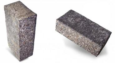 Mattoni in plastica eterogenea riciclata