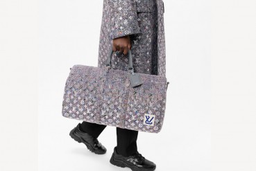 Louis Vuitton: borsa in lana riciclata e cotone biologico