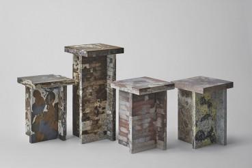 Arredi e pannelli realizzati con materiali inerti riciclati